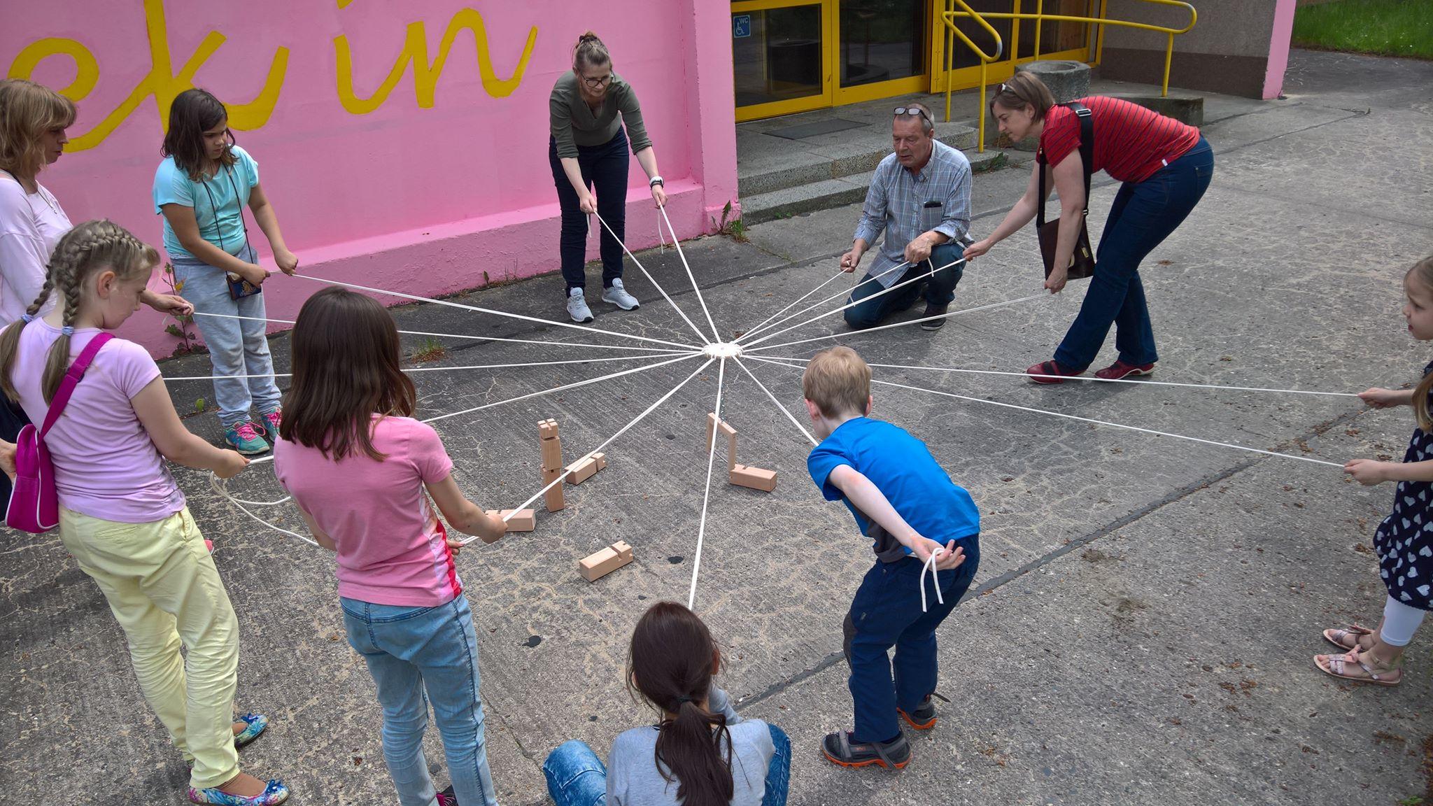 Menschen beim Spielen